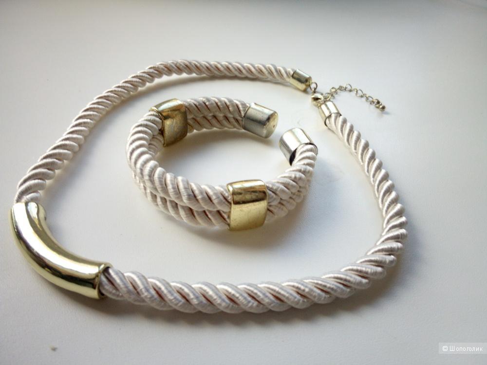 Колье и браслет Avon под золото