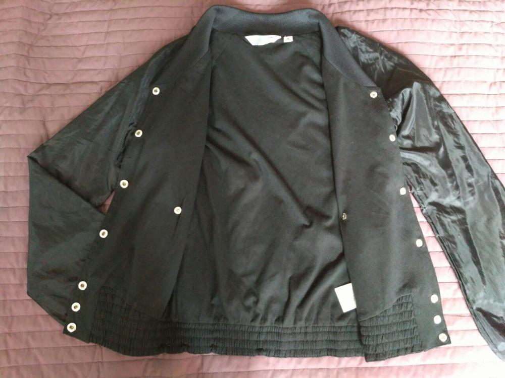 Курточка Adidas, Eur.34