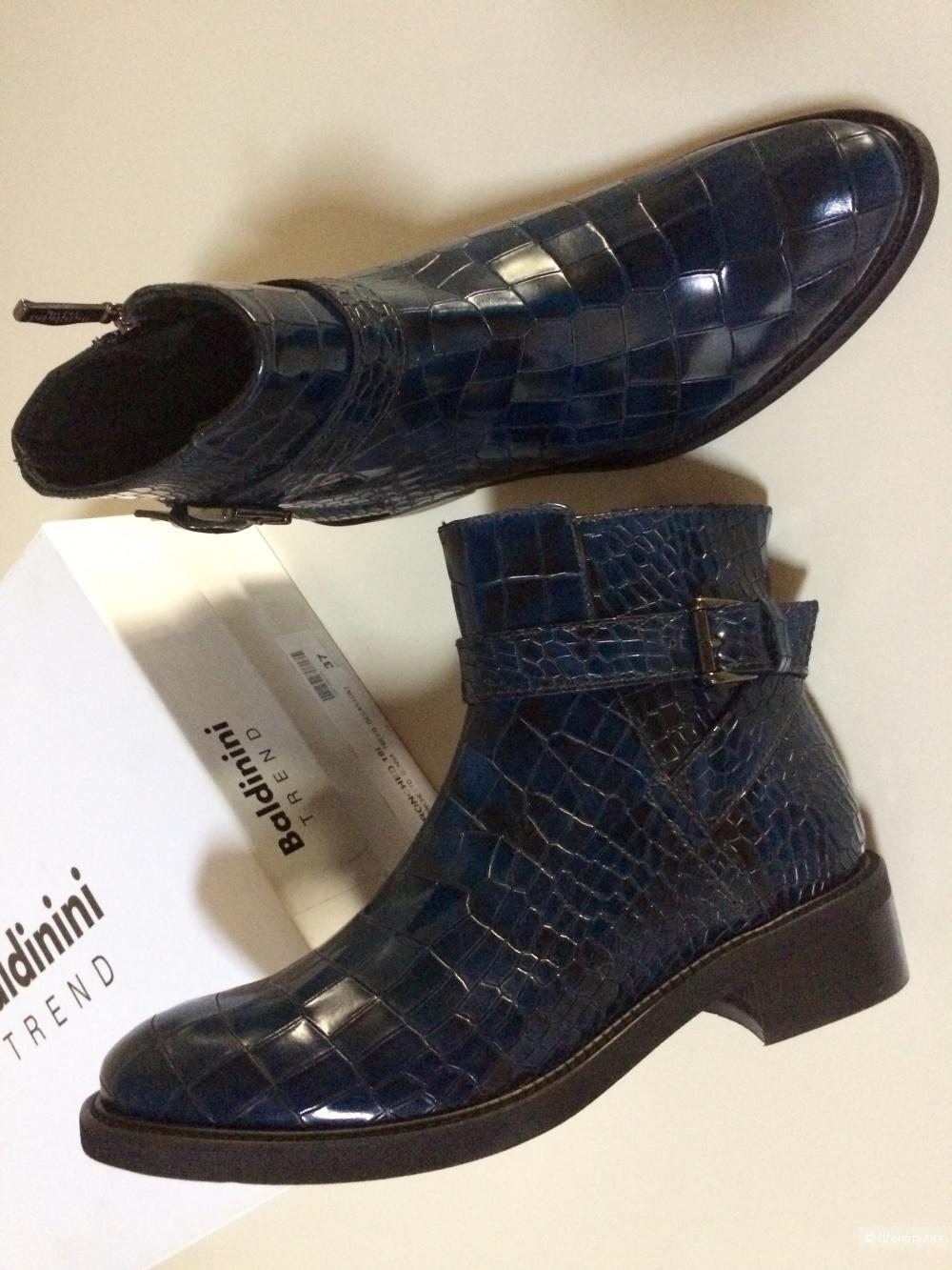 Ботинки Baldinini trend 37 размер