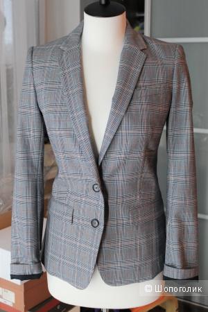 Приталенный пиджак Benetton р-р 42-44