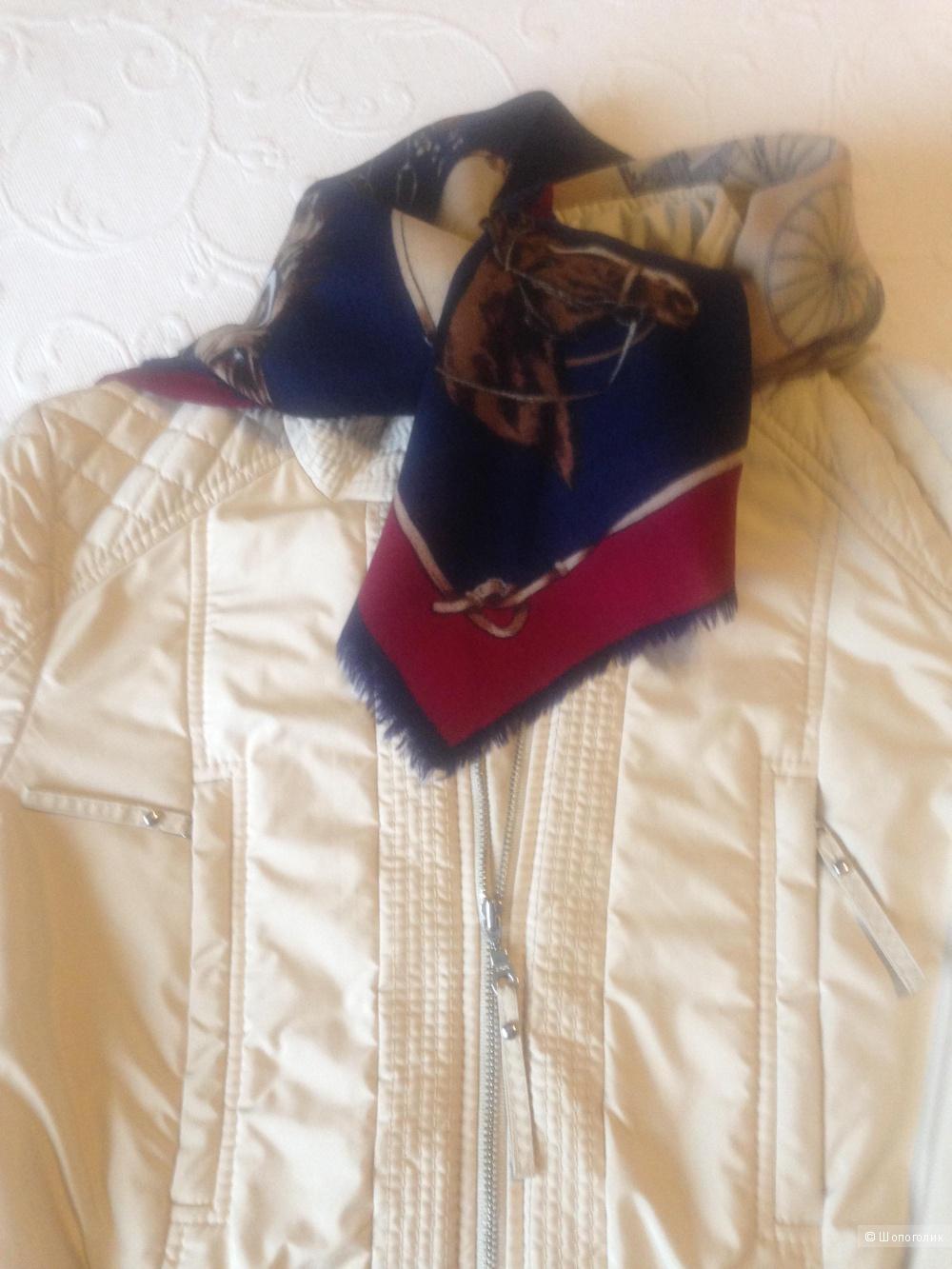 Женская куртка 44 размера Hugo Boss
