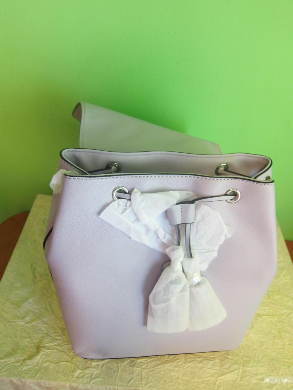 Рюкзак GUESS лилового цвета