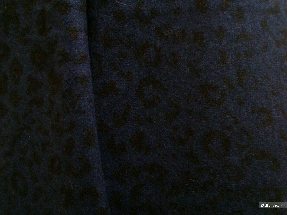 OPEN SECRET (Italy). Шерстяной, трикотажный палантин. Размер: 1000х1670.