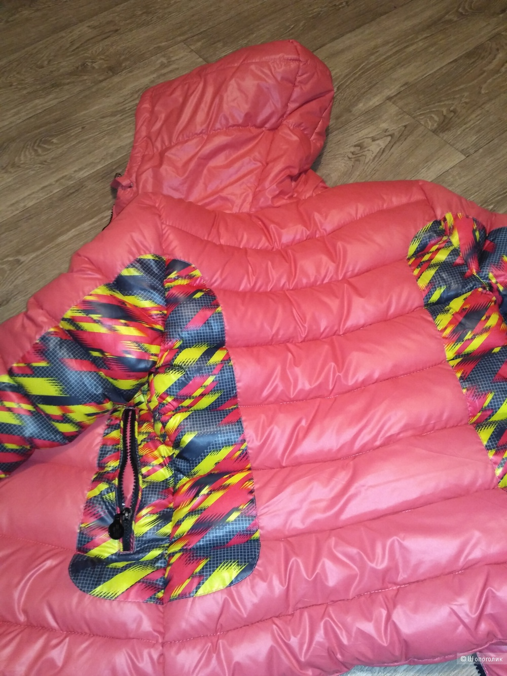 Зимняя куртка без бренда, размер xs.