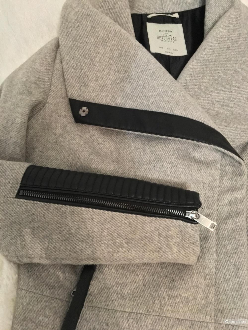 Пальто Bershka, размер S