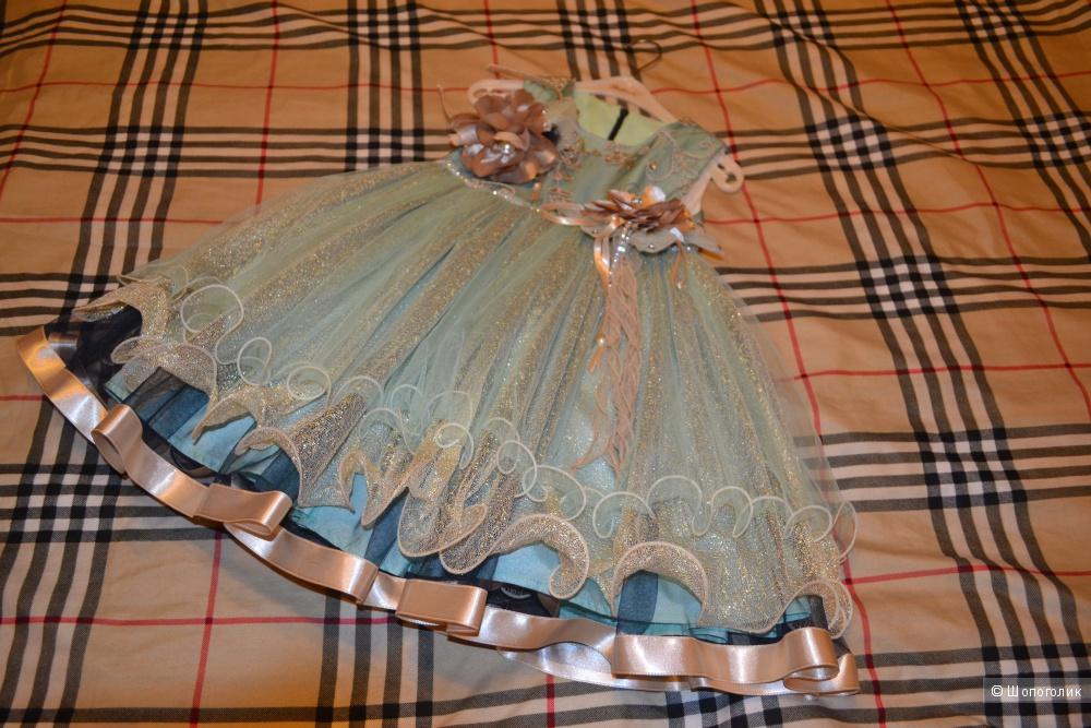 Шикарное платье на девочку 5-6 лет. Турция.