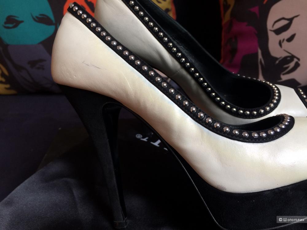 Туфли Loriblu, размер 36