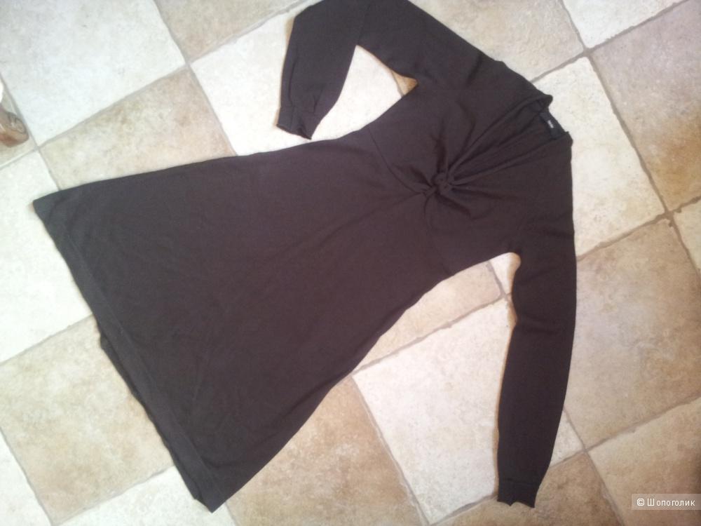 Трикотажное платье Taule (Италия) , 100% шерсть,  S
