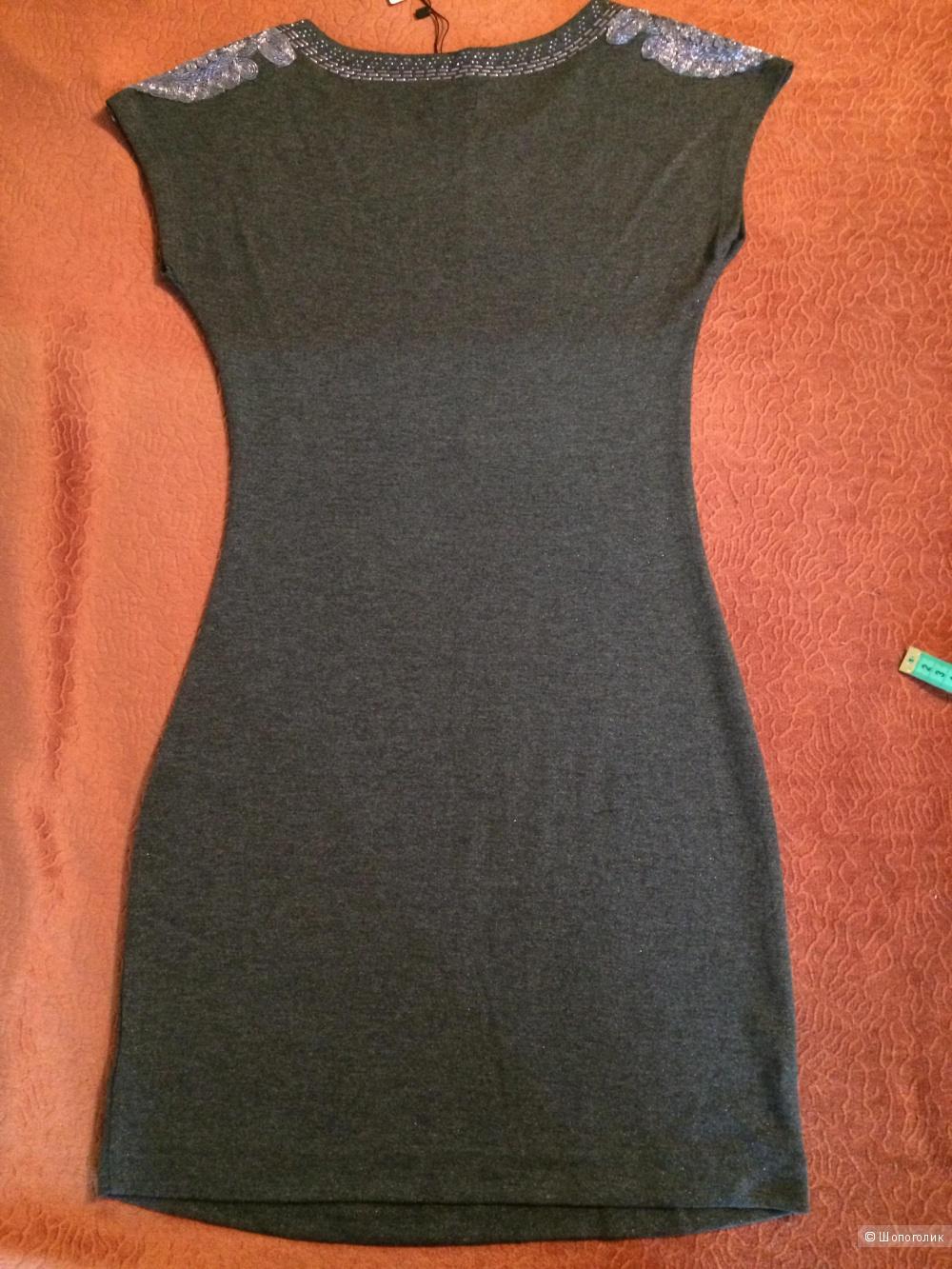 Трикотажное платье SELA. Размер xs-s