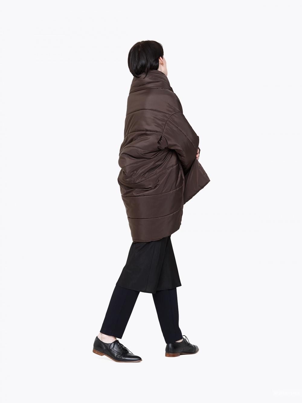 Пальто Cyrille Gassiline цвет горький шоколад. Новое. S-M размер