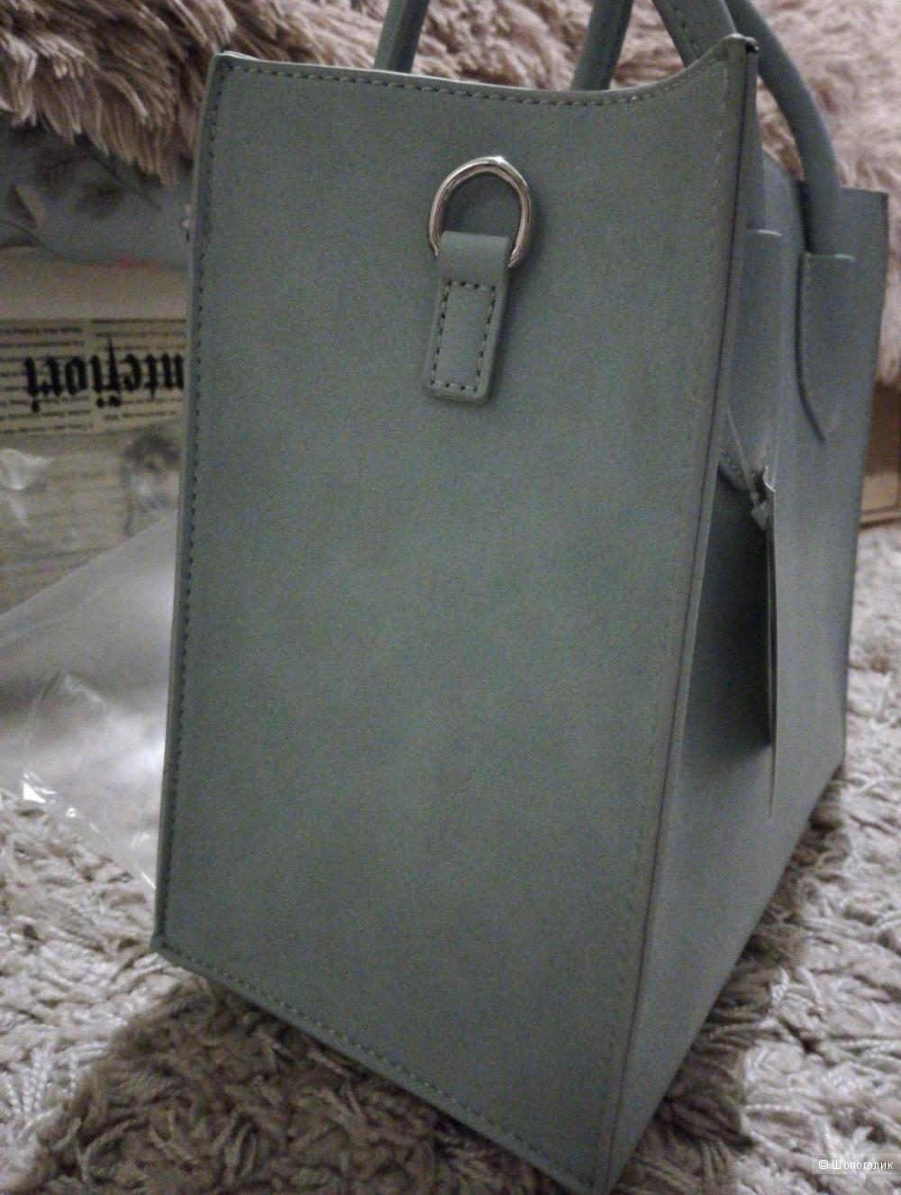 Новая сумочка С&A голубая