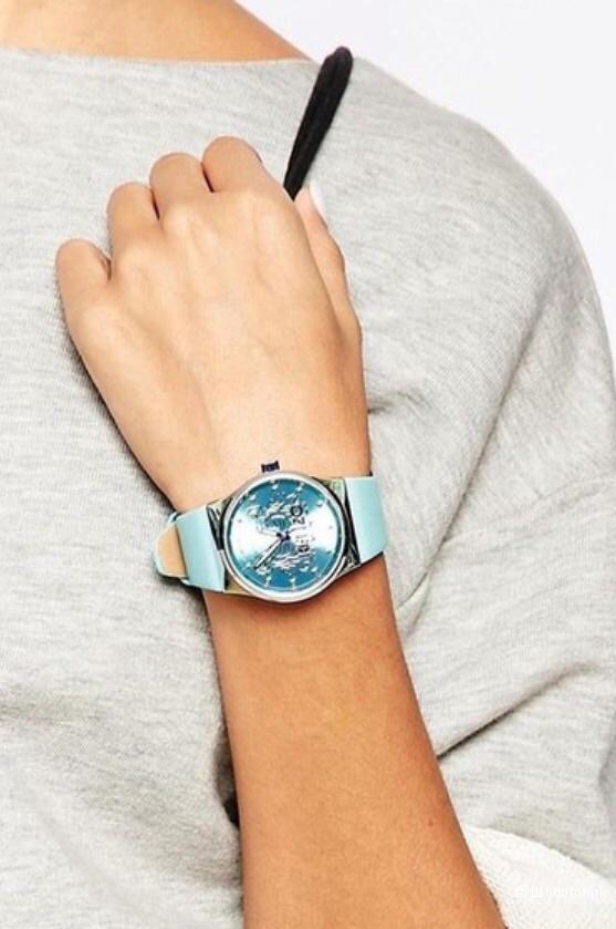 Часы Kenzo унисекс