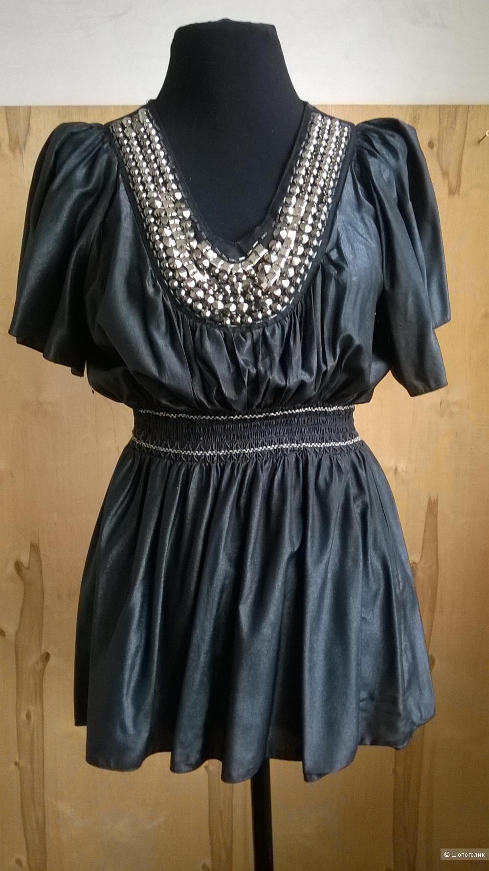 Блуза нарядная Италия ,б/у р.М (46)