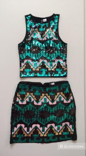 Блестящий костюм от марки DIVIDED H&M размер 38