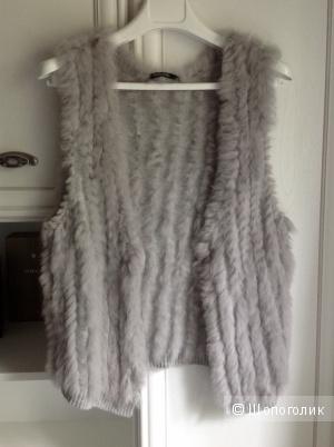 Жилет из вязаного кролика Marc Aurel, размер 46-48.