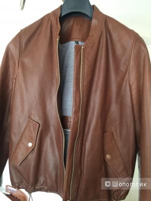Кожаная куртка бомбер Massimo dutti размер s.