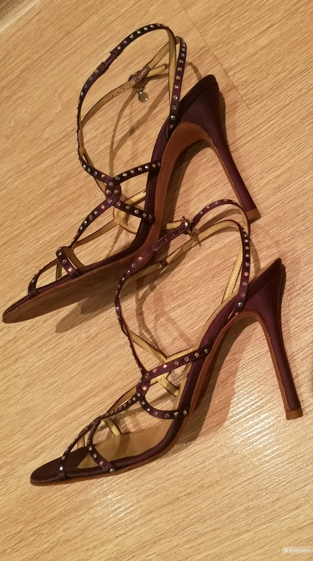 Versace. Вечерние босоножки. 36