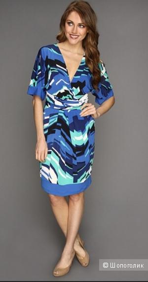 Платье Bcbgmaxazria, размер M