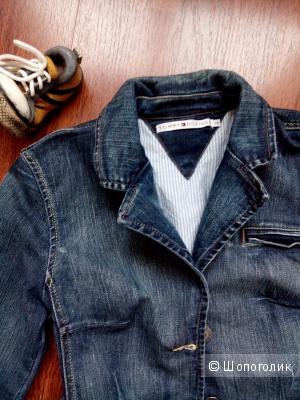Пиджак джинсовый TOMMY HILFIGER в размере 10 US