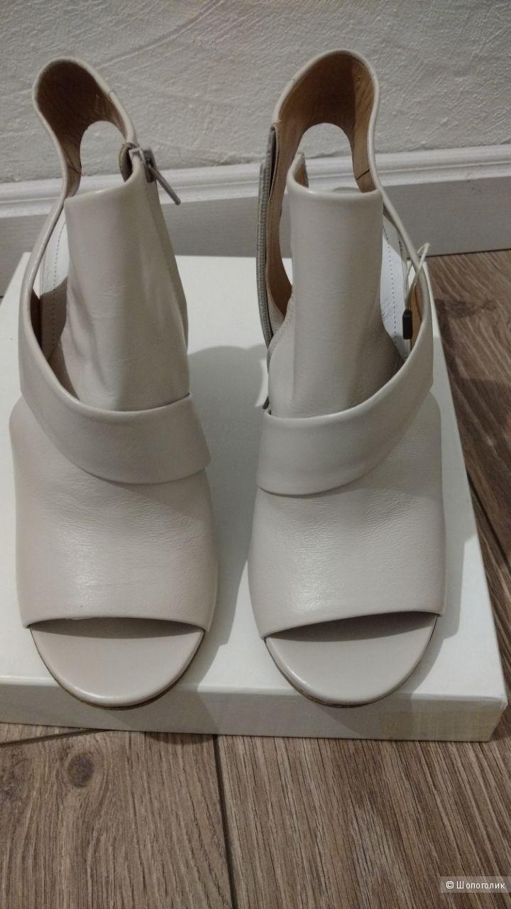Туфли MAISON MARGIELA 22 39,5IT на стопу 25-25,5 см