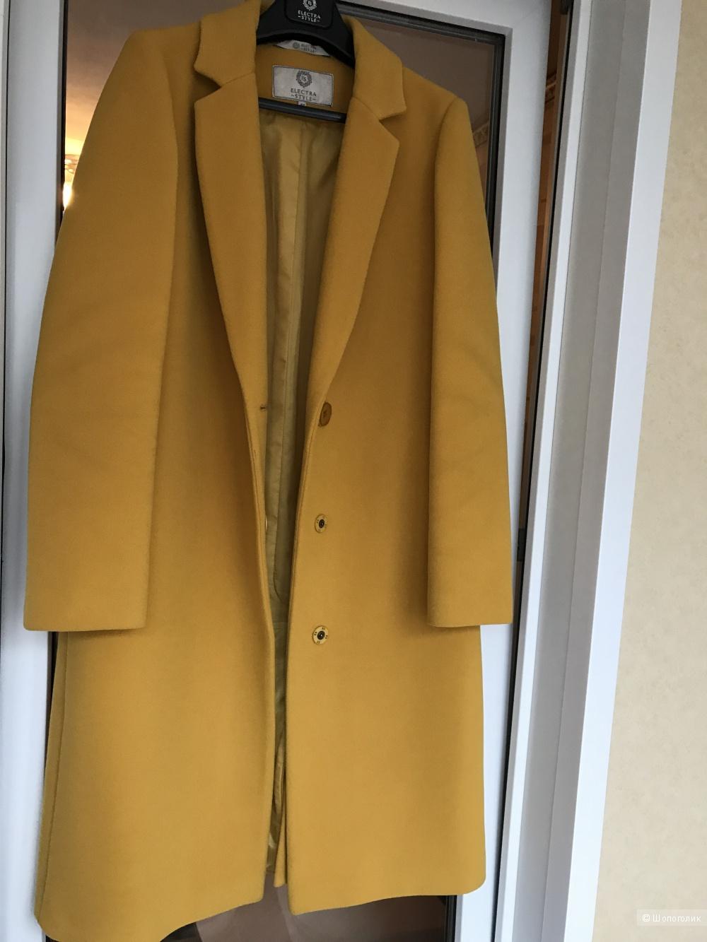 Женское пальто Electrastyle 46 р-р