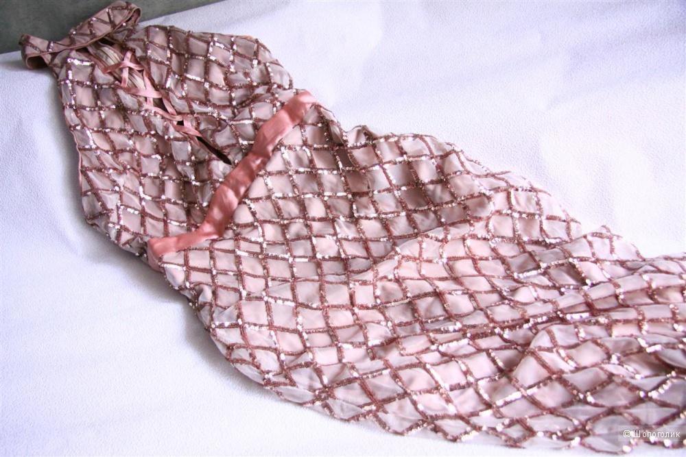 Шикарное платье Miss Avenue М