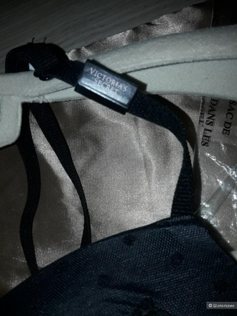 Комплект бралетт Victoria's Secret, модель Push-Up Bralette+ стринги,размер S.