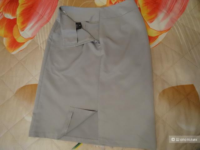 """Базовая юбка """"e-vie"""", размер 42-44, б/у"""