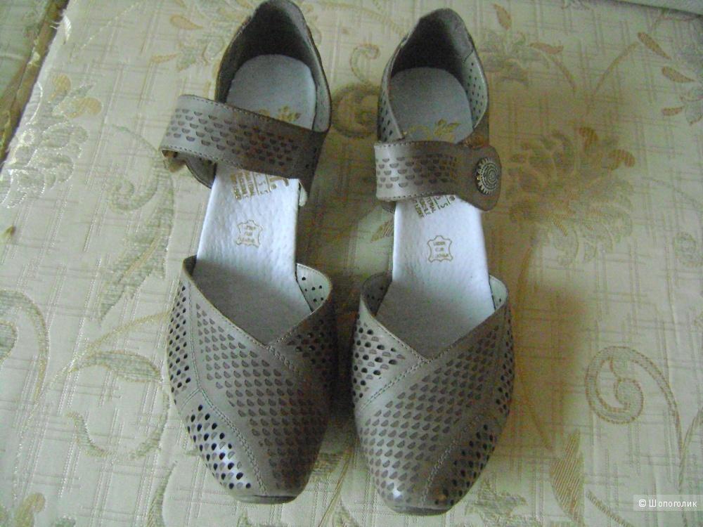 Туфли женские RIEKER размер  40.
