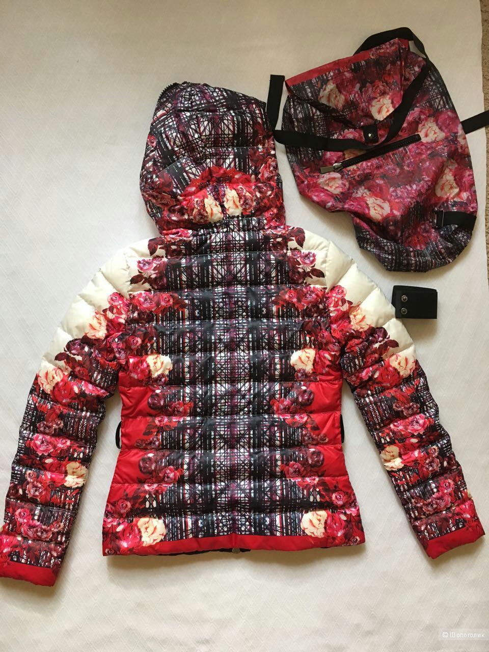 Пуховик куртка PINKO  Италия Размер S (44 рос)