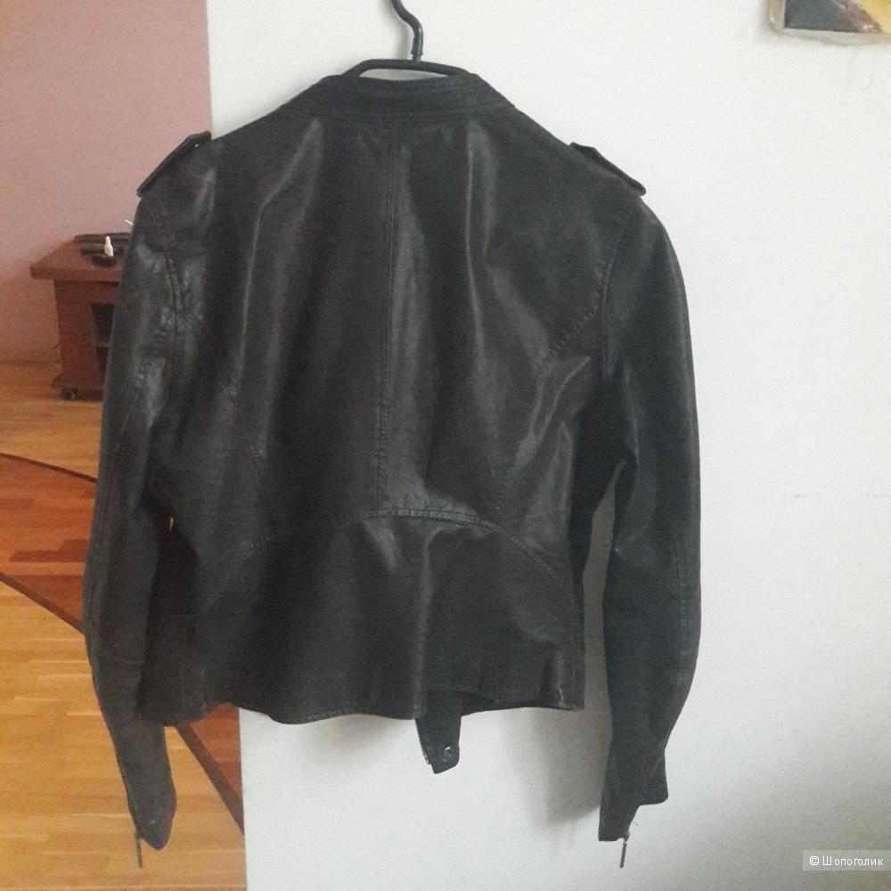 Кожаная куртка La Reine Blanche 46 размера