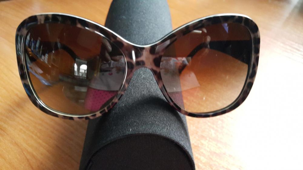 Солнцезащитные очки  Dolce And Gabanna