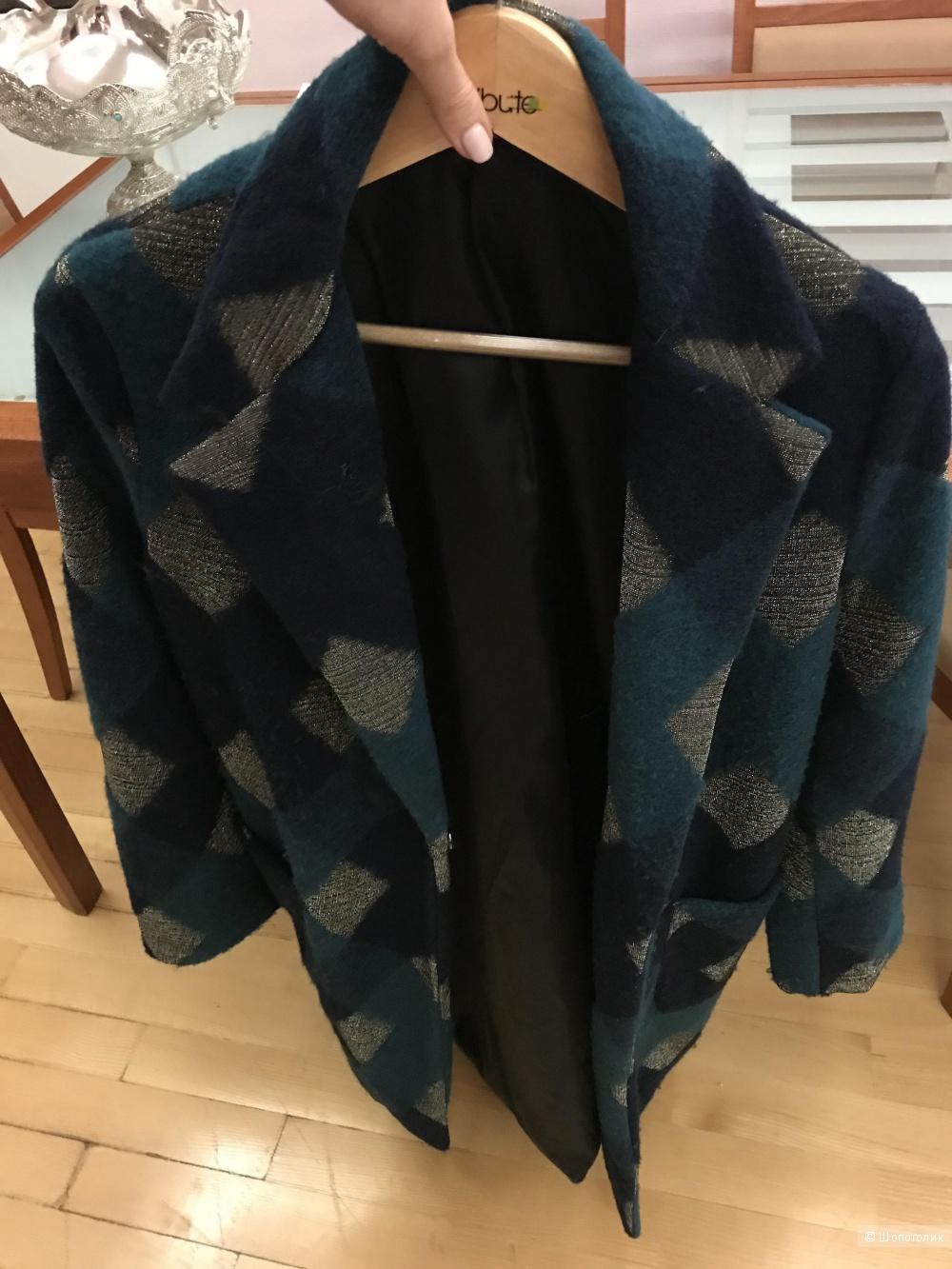 Пальто шерстяное 44-46 размер