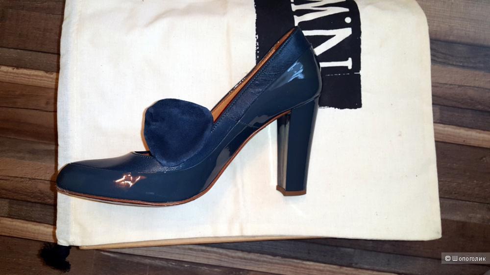 Лакированные туфли размер 5UK