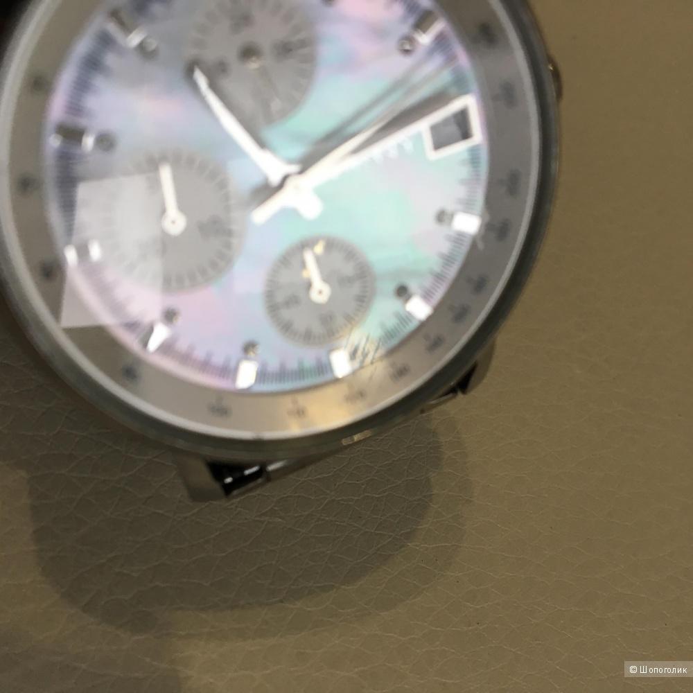 Женские часы DKNY,  33*33*11