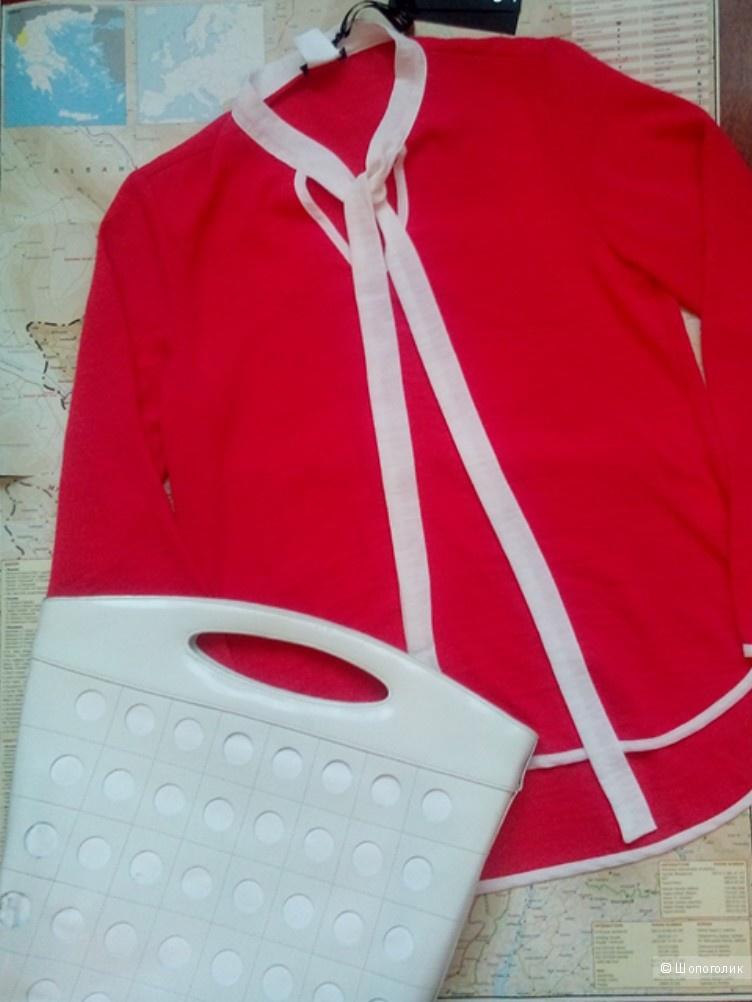 Блузка SUERTE Италия в размере M.