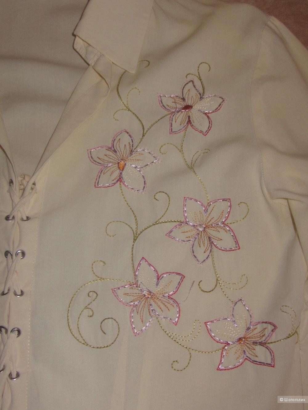Блузка Emozioni (размер 40 Италия)  42-44 росс.
