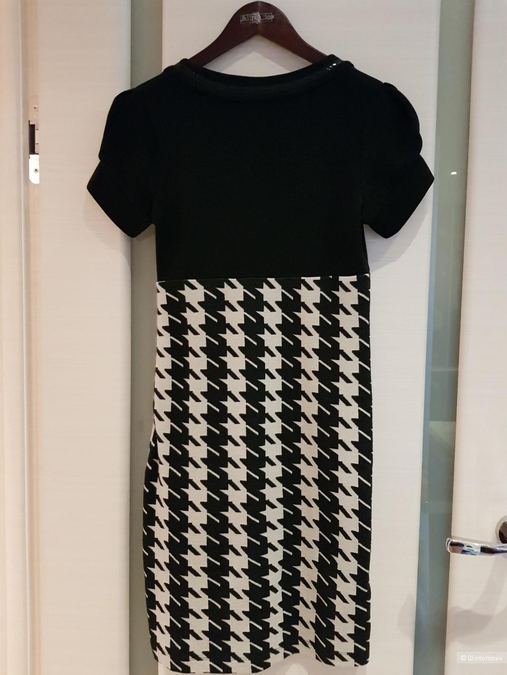 Платье 44-46  roccobarocco