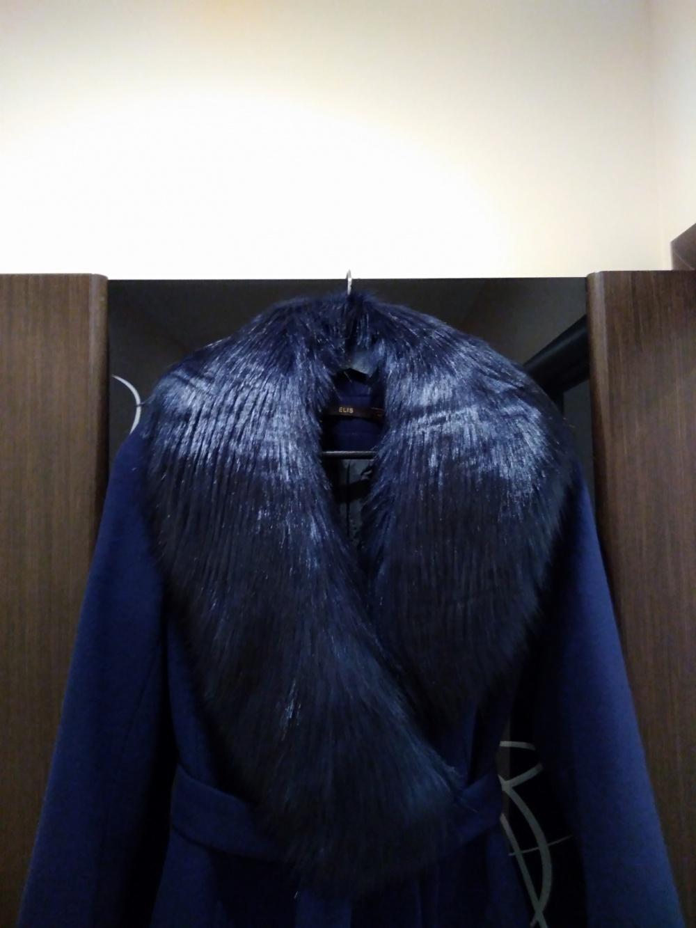 Зимнее пальто. Марка Elis размер 42