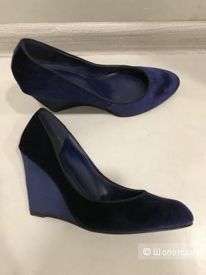 Туфли Charles & Keith, размер 37