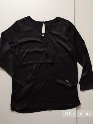 Блузка марки BRUNO BANANI размер 50-52
