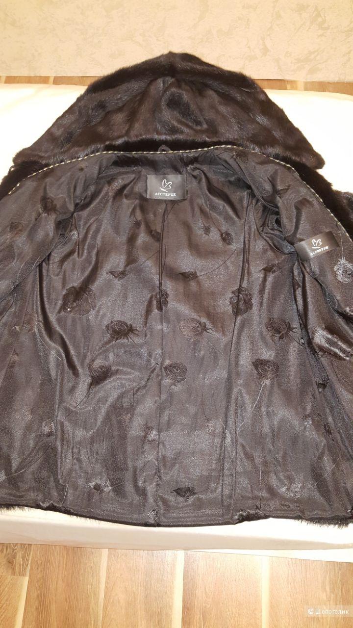 Шуба из норочки с капюшоном, размер 42-44, ACCOR&FUR