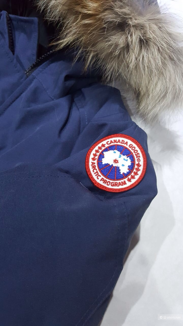 Canada Goose пуховик на мальчика 14-16 лет.