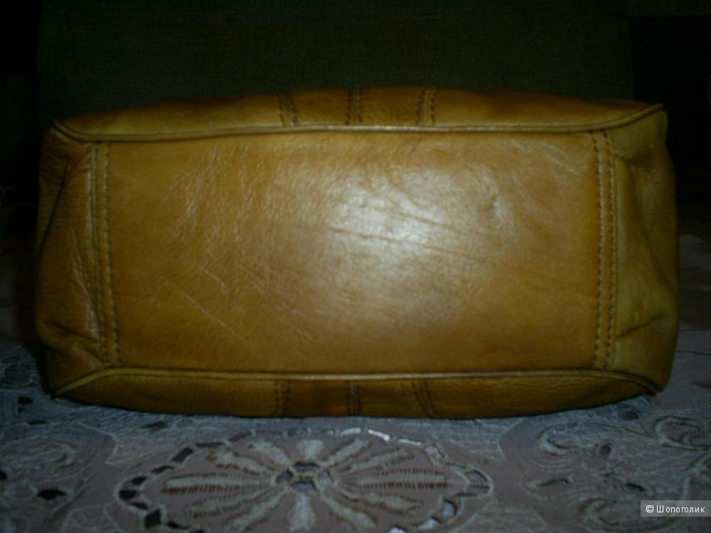Кожаная сумка от Hidesign.