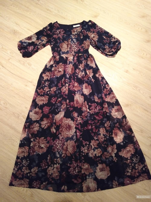 Шифоновое платье 42-44 размер