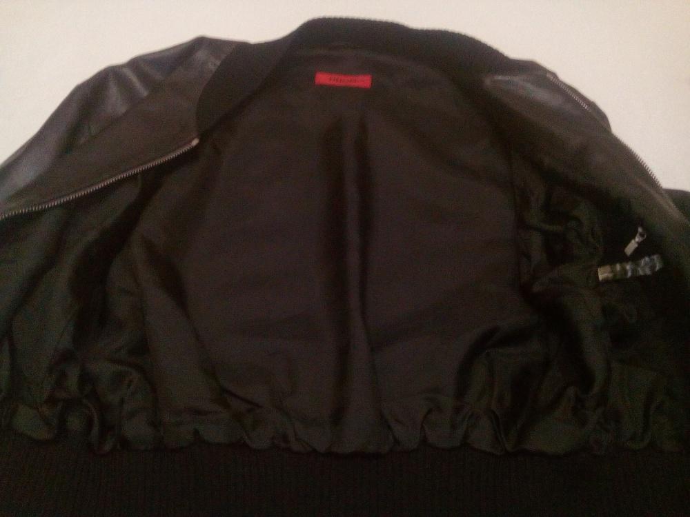 Кожаный бомбер Hugo Boss, 46 размер