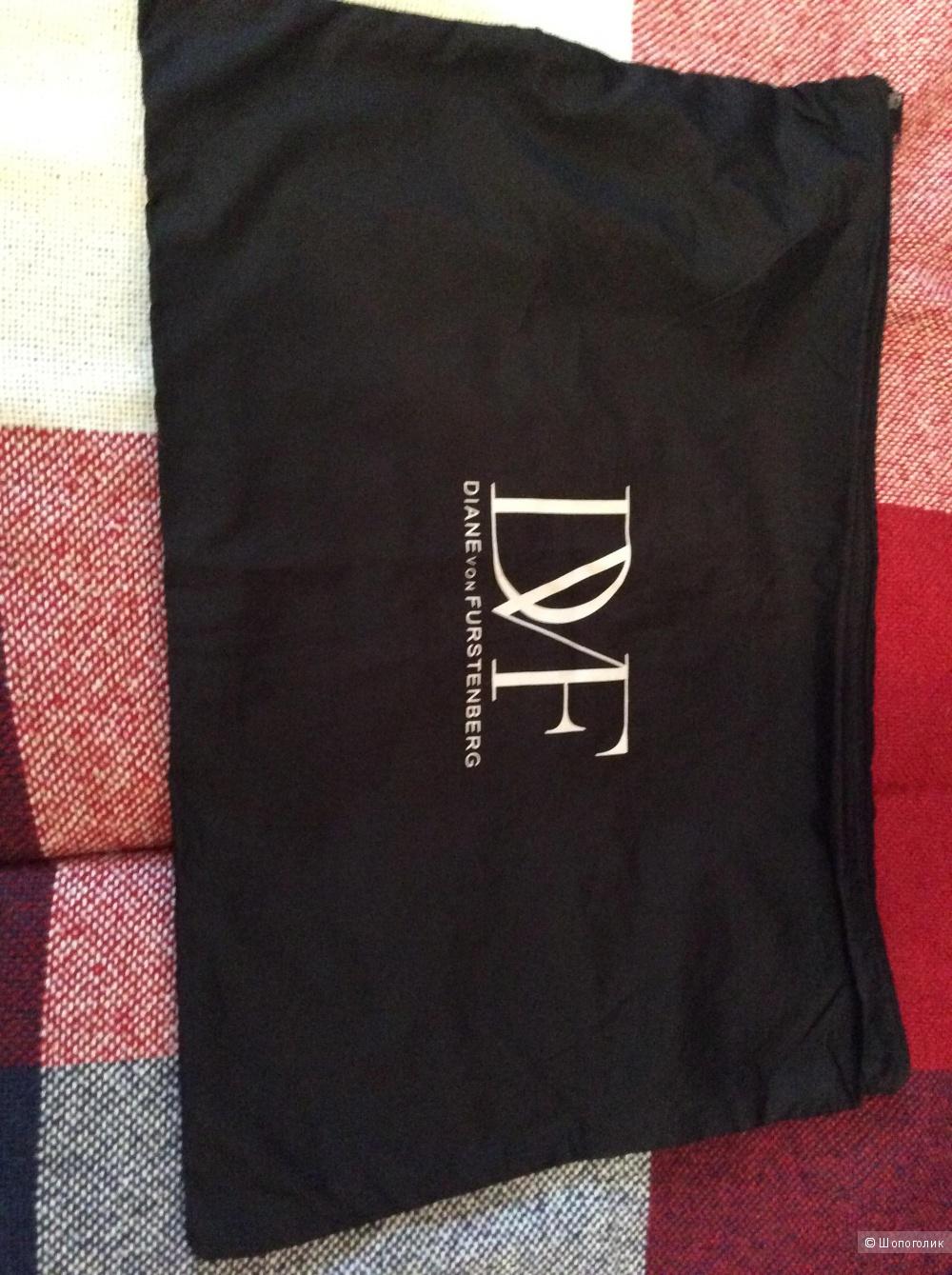 Платье Diane Von Furstenberg размер S