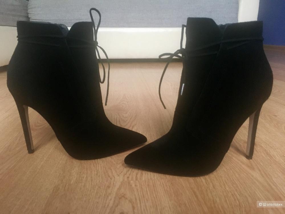 Ботинки размер 39 eu