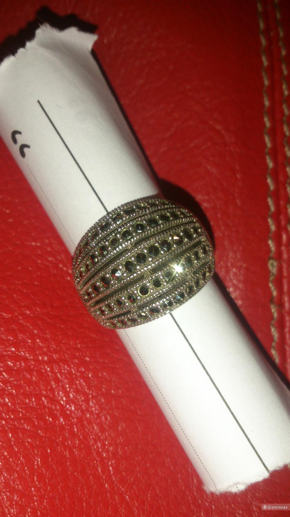 Колечко с марказитами, серебро Р18,5