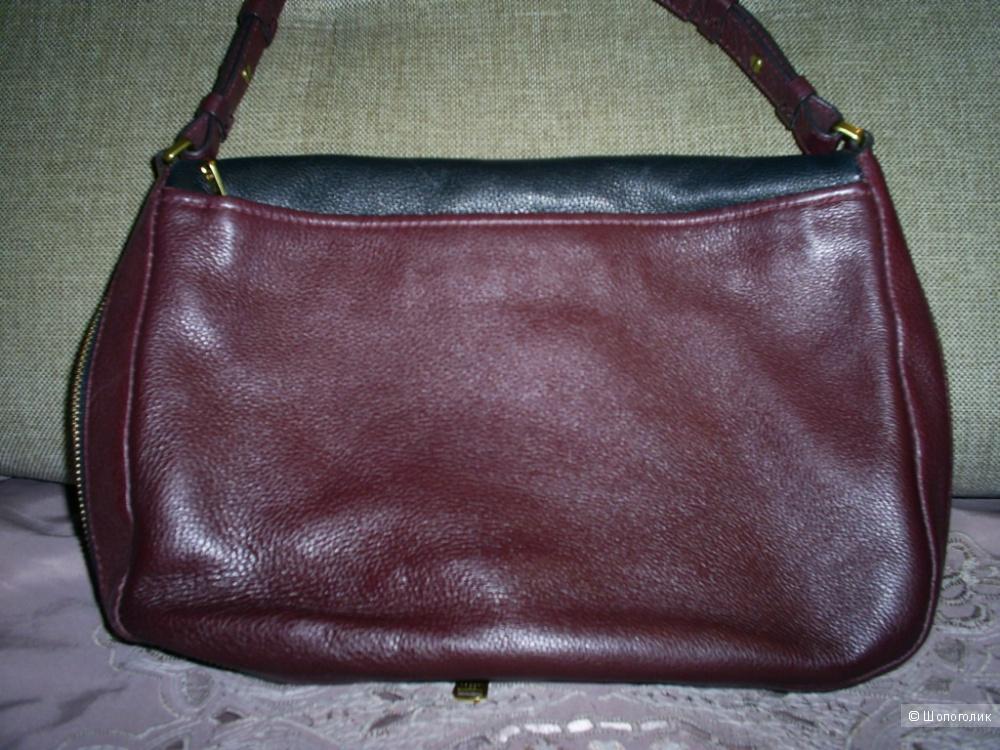 Кожаная сумочка кросс-боди от Fossil.